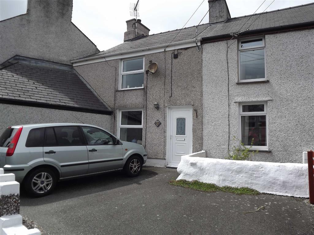 3 Bedrooms Terraced House for sale in Pentrefelin, Amlwch, Anglesey