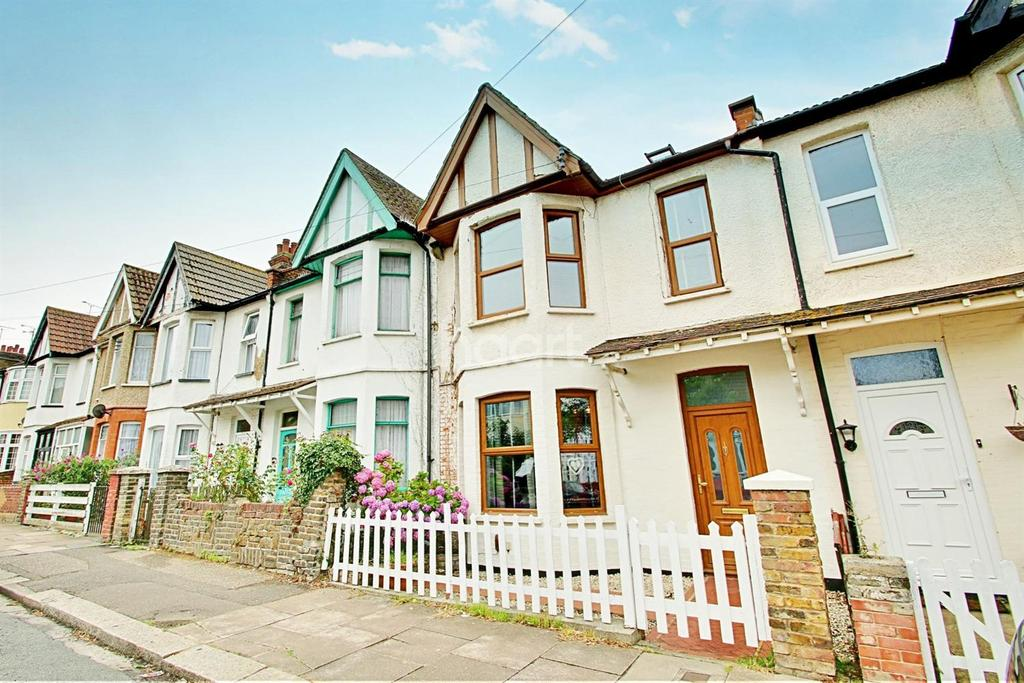 4 Bedrooms Terraced House for sale in Fleetwood Avenue