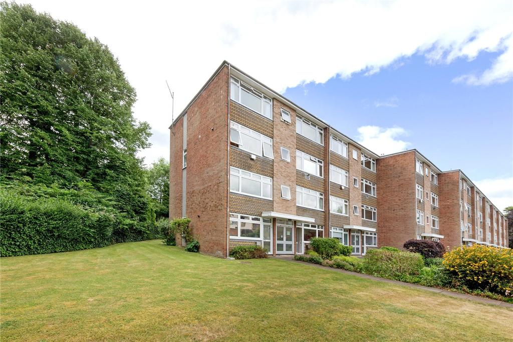 2 Bedrooms Maisonette Flat for sale in Bury Meadows, Rickmansworth, Hertfordshire, WD3