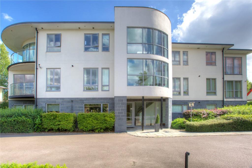 2 Bedrooms Flat for sale in Tamara House, 30 Queen Ediths Way, Cambridge, CB1