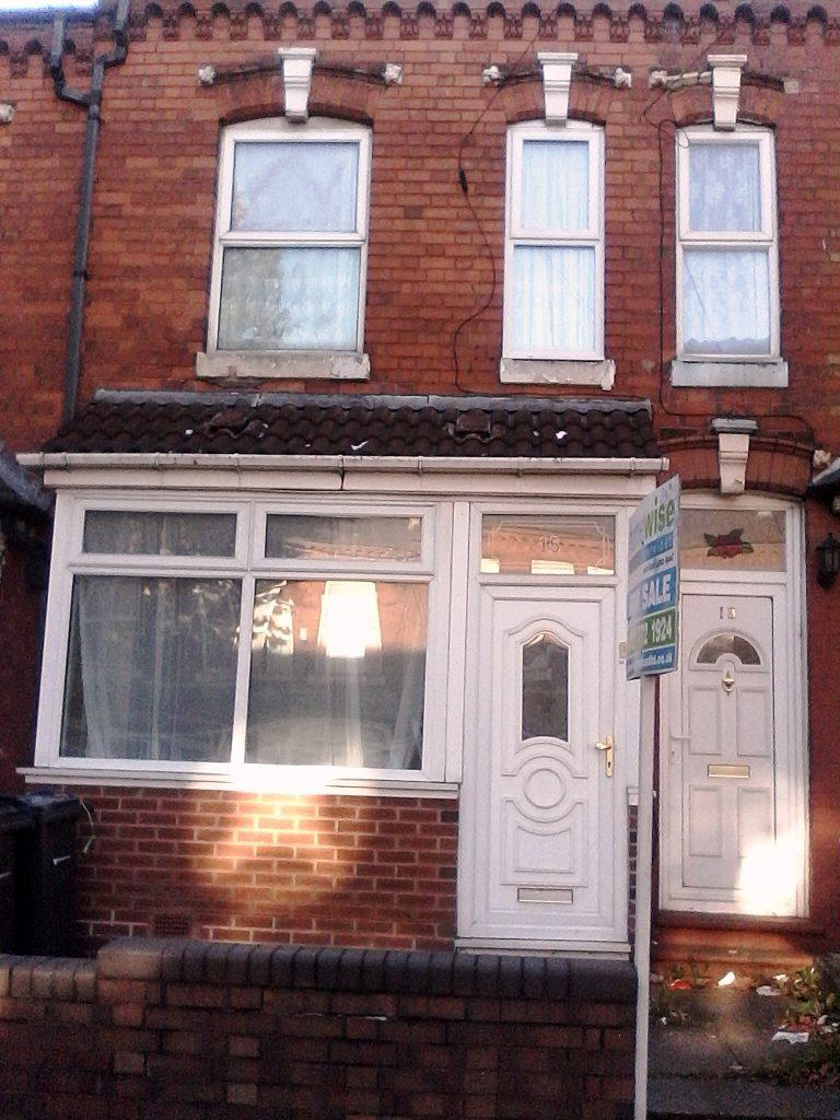 3 Bedrooms Terraced House for sale in Mansel Rd B10 9LZ