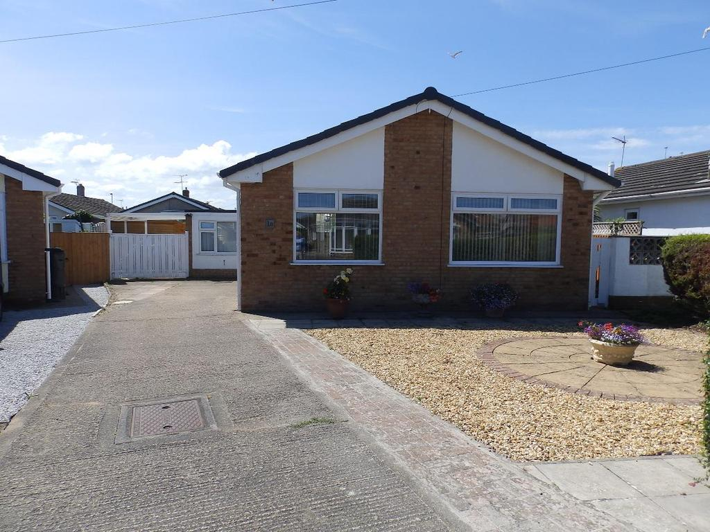 2 Bedrooms Detached Bungalow for sale in Y Ffrith, Rhyl