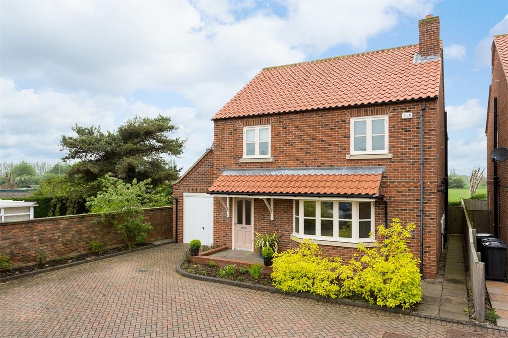 4 Bedrooms Detached House for sale in The Old Chapel, York Road, Cliffe