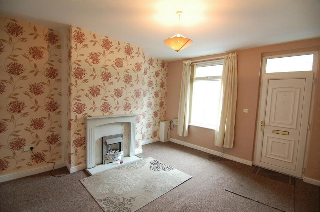 2 Bedrooms Terraced House for sale in Smith Street, Wombwell, BARNSLEY, South Yorkshire