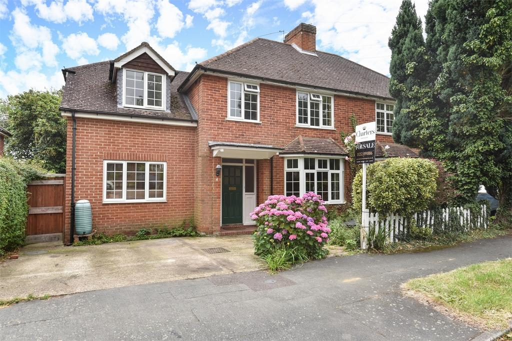 5 Bedrooms Semi Detached House for sale in Farnham, Surrey