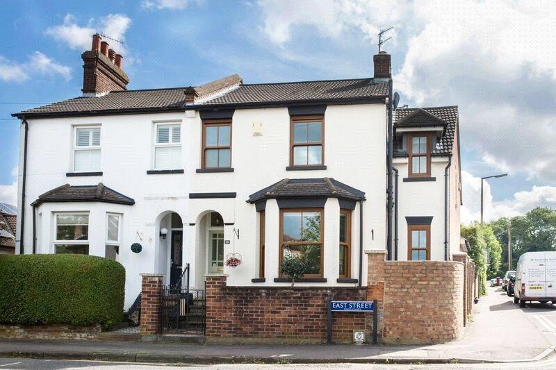 4 Bedrooms Semi Detached House for sale in East Street, Hemel Hempstead, Hertfordshire, HP2