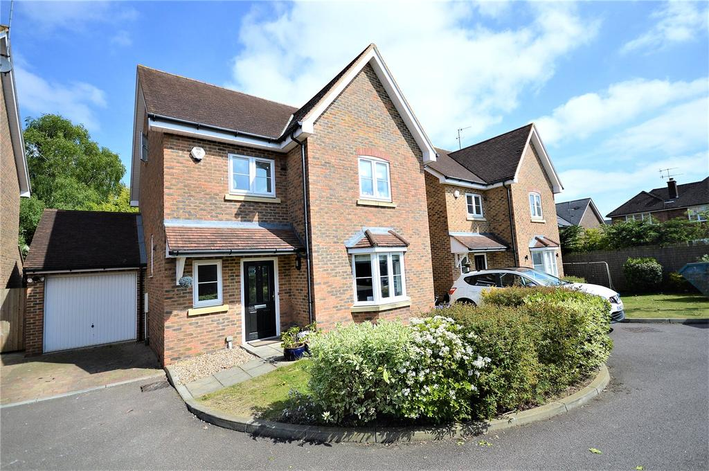 4 Bedrooms House for sale in Farm Way, Great Road, Hemel Hempstead, Hertfordshire, HP2