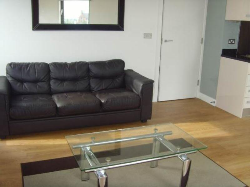 2 Bedrooms Apartment Flat for sale in ECHO CENTRAL TWO, CROSS GREEN LANE, LEEDS, LS9 8NR