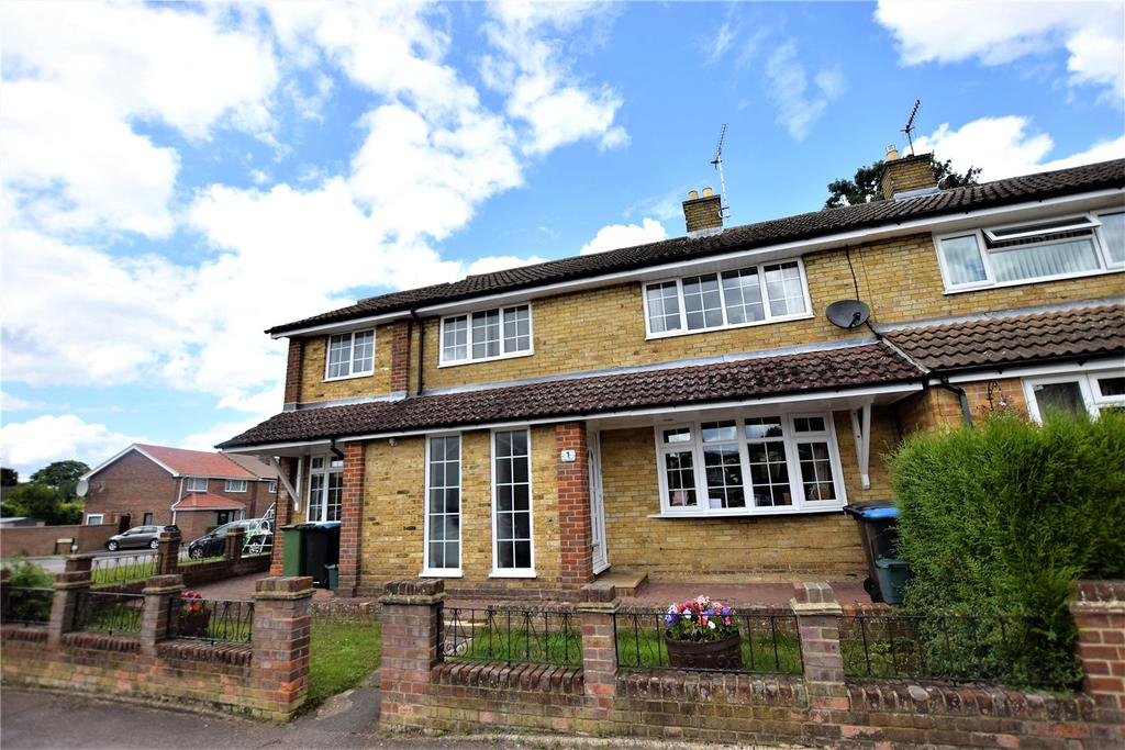 4 Bedrooms House for sale in Dellcut Road, Hemel Hempstead, Hertfordshire, HP2