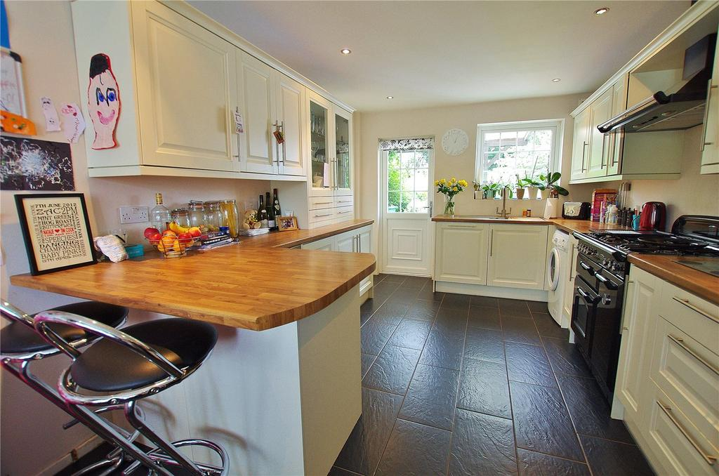 3 Bedrooms Terraced House for sale in The Square, Watford, Hertfordshire, WD24
