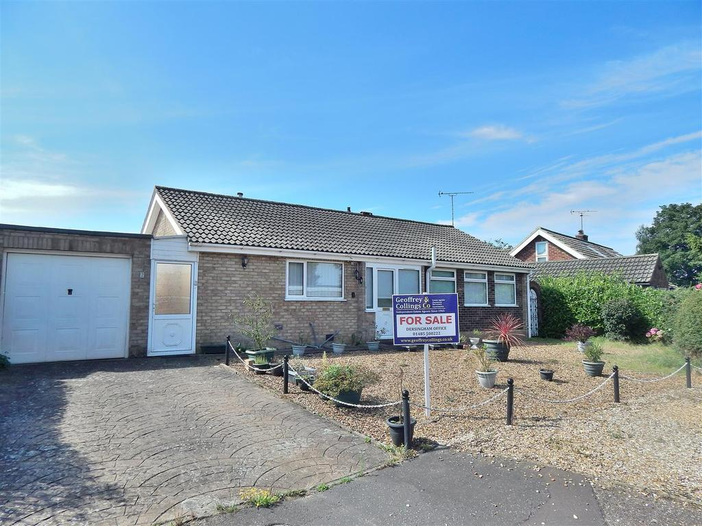 3 Bedrooms Detached Bungalow for sale in Lavender Close, Heacham, King's Lynn