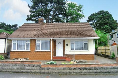 2 bedroom detached bungalow to rent - Coed-yr-Ynn, Rhiwbina, Cardiff
