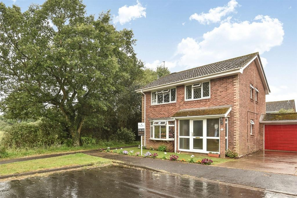 4 Bedrooms Link Detached House for sale in Bishopstoke, Hampshire