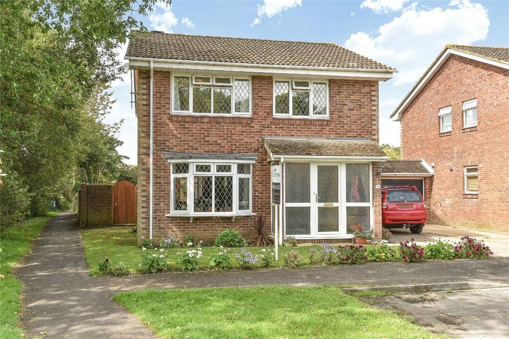 4 Bedrooms Link Detached House for sale in Bishopstoke, Eastleigh, Hampshire