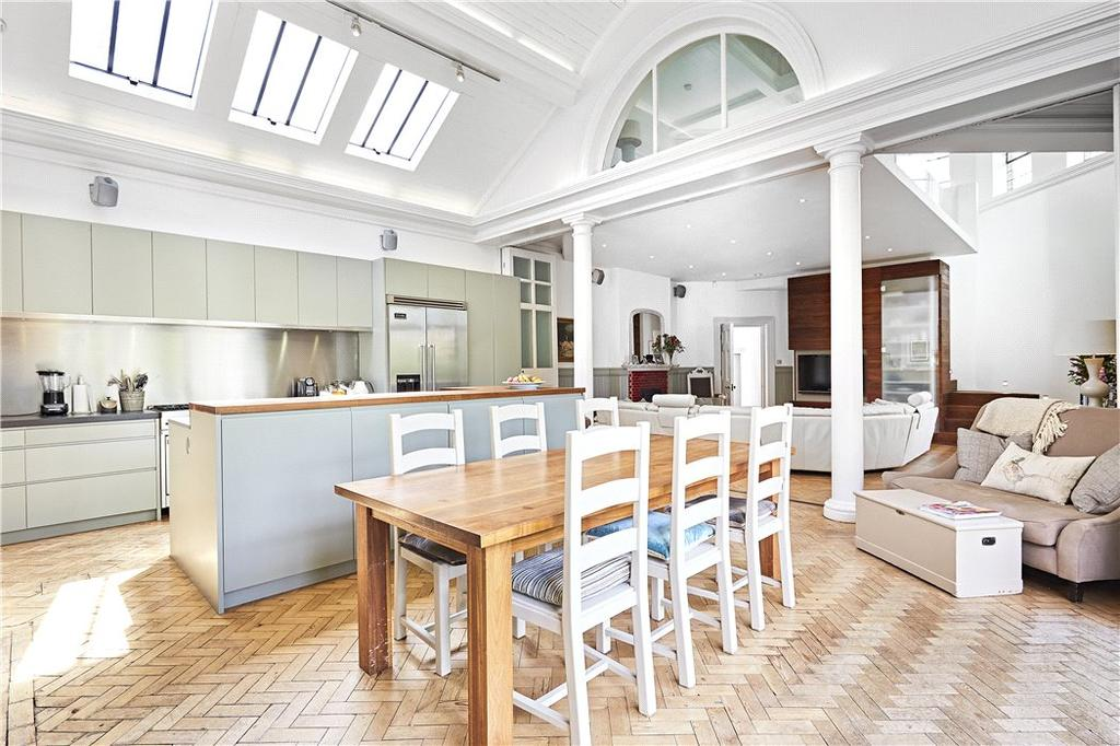 5 Bedrooms Detached House for sale in Bute Avenue, Petersham, Richmond, TW10