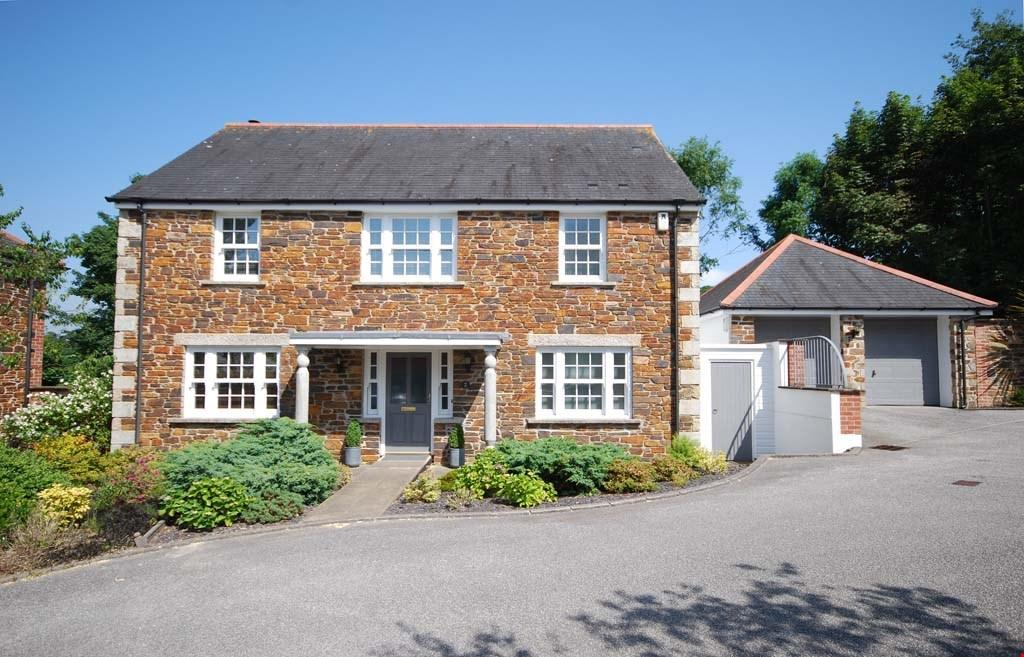 4 Bedrooms Detached House for sale in Chacewater, Truro, Cornwall, TR4