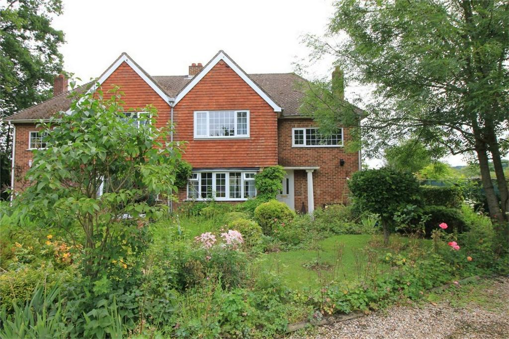 3 Bedrooms Semi Detached House for sale in New Road, SEDLESCOMBE, East Sussex