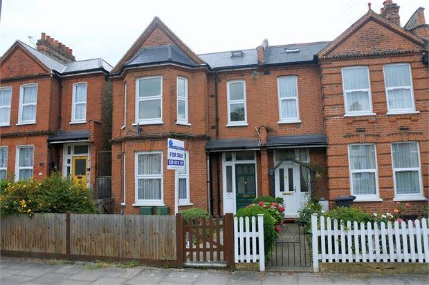 1 Bedroom Flat for sale in Balloch Road, Catford, London, SE6 1SW