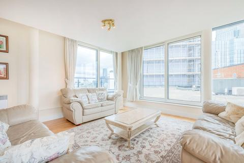 3 bedroom apartment to rent - Boardwalk Place, Blackwall, E14