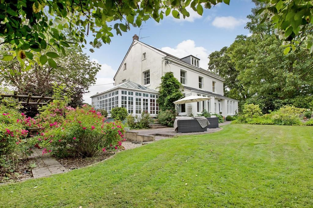 5 Bedrooms Detached House for sale in Bovey Tracey, Newton Abbot