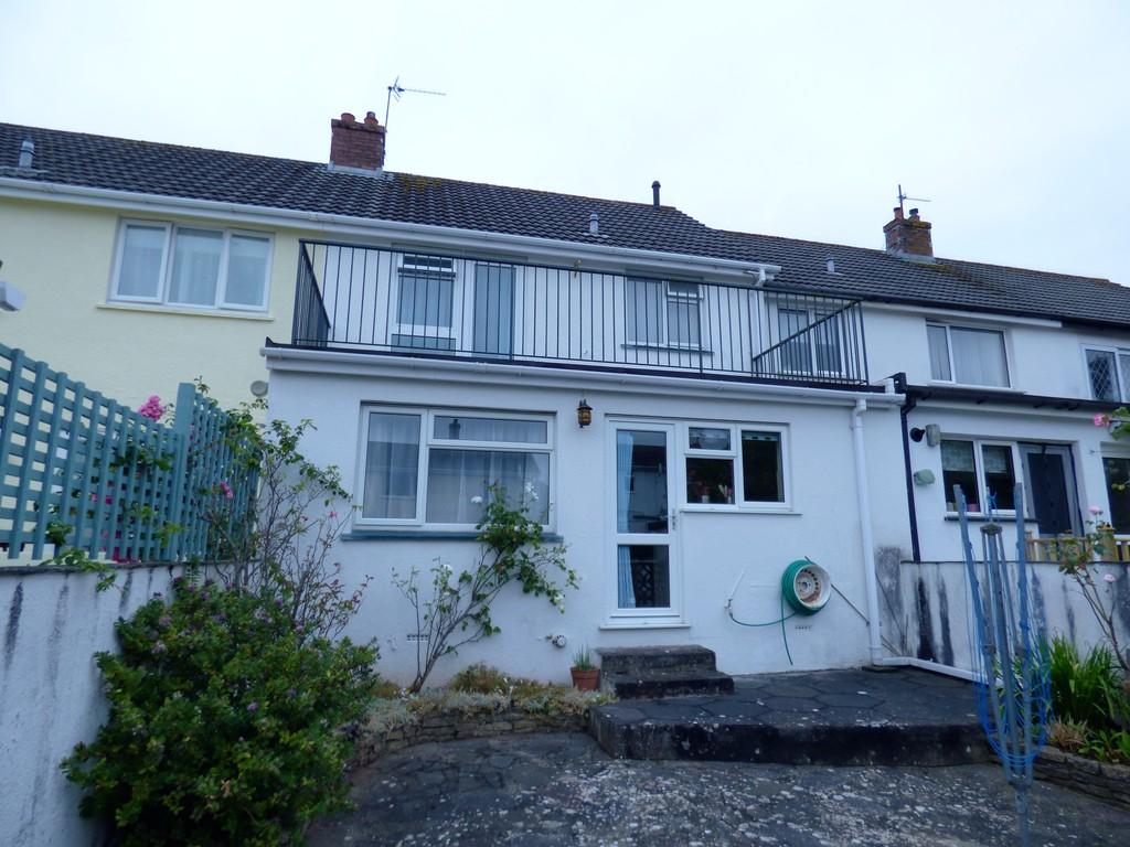 3 Bedrooms Terraced House for sale in Clifford Close, Kingsteignton, TQ12 3HE