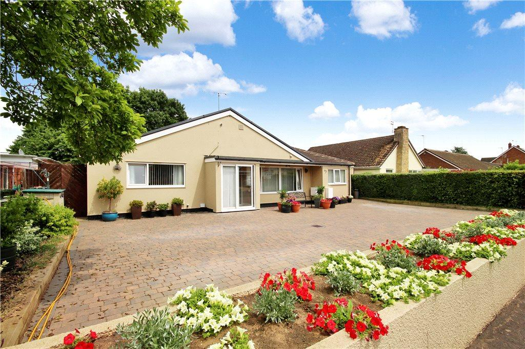 4 Bedrooms Detached Bungalow for sale in Mountford Close, Wellesbourne, Warwick, CV35