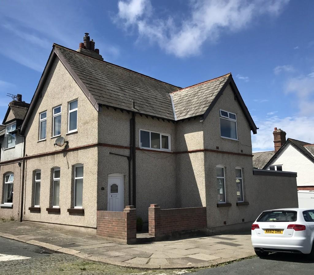 3 Bedrooms End Of Terrace House for sale in Powerful Street, Walney