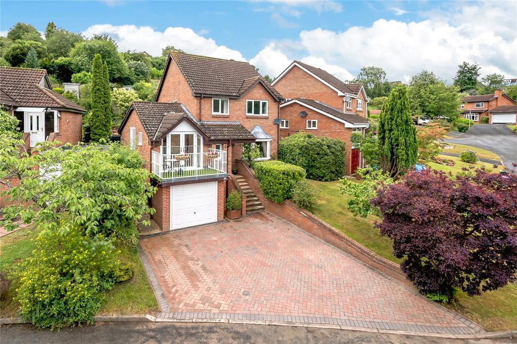 4 Bedrooms Detached House for sale in Bramble Ridge, Bridgnorth, Shropshire
