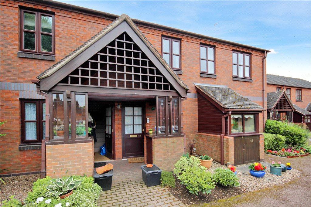 2 Bedrooms Maisonette Flat for sale in Saffron Meadow, Stratford-upon-Avon, Warwickshire, CV37