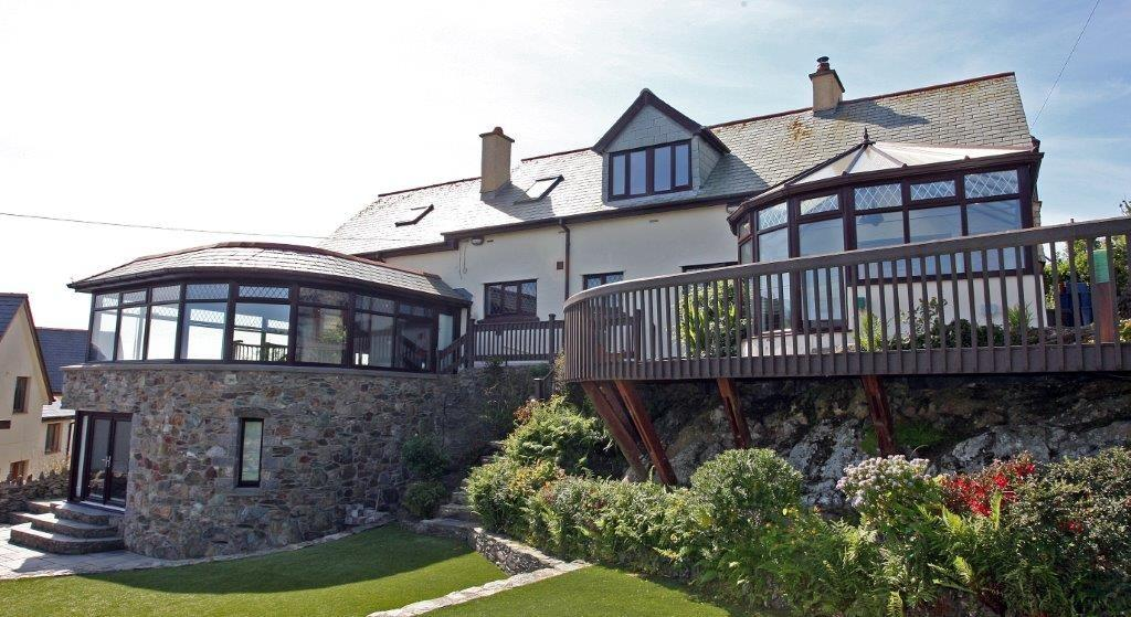 4 Bedrooms Detached House for sale in Bull Bay, Amlwch, North Wales
