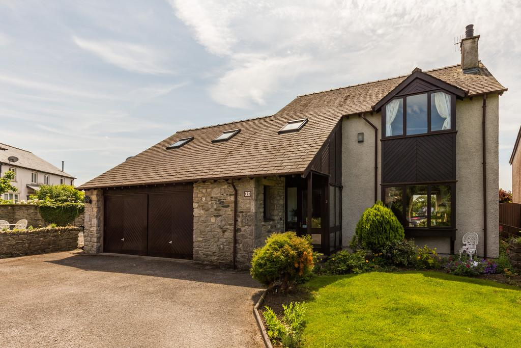 4 Bedrooms Detached House for sale in 2 Lodge Close, Burton Road, Holme, Carnforth, Lancashire, LA6 1QN