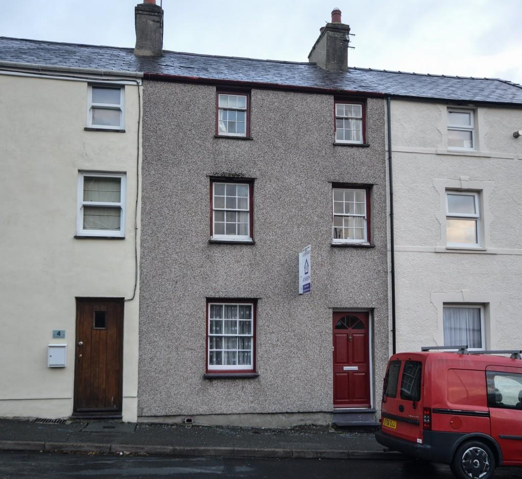 4 Bedrooms Terraced House for sale in Greenfield Terrace, Menai Bridge, North Wales