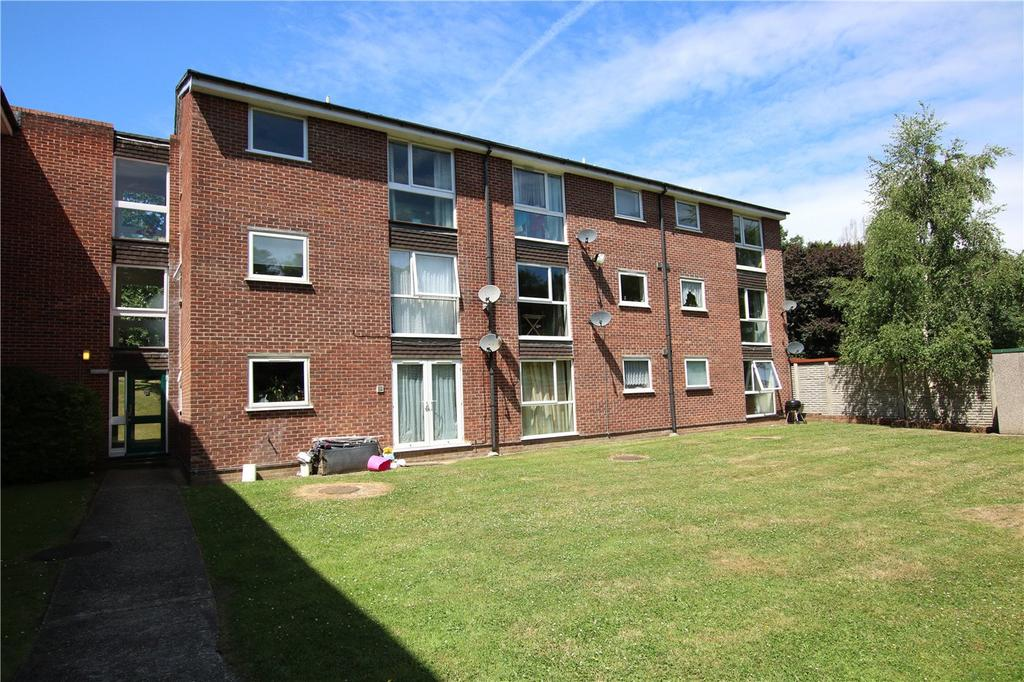 2 Bedrooms Flat for sale in Trafalgar Court, Southcote Road, Reading, Berkshire, RG30
