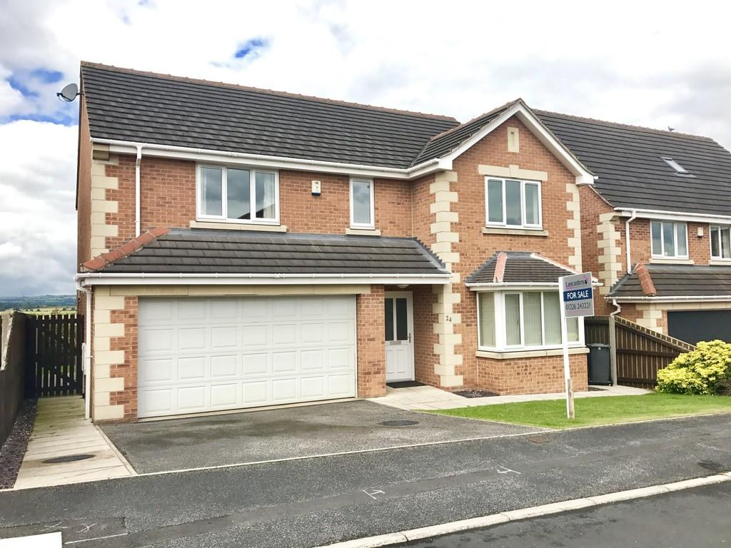 4 Bedrooms Detached House for sale in Woodvale Close, Higham, Barnsley S75