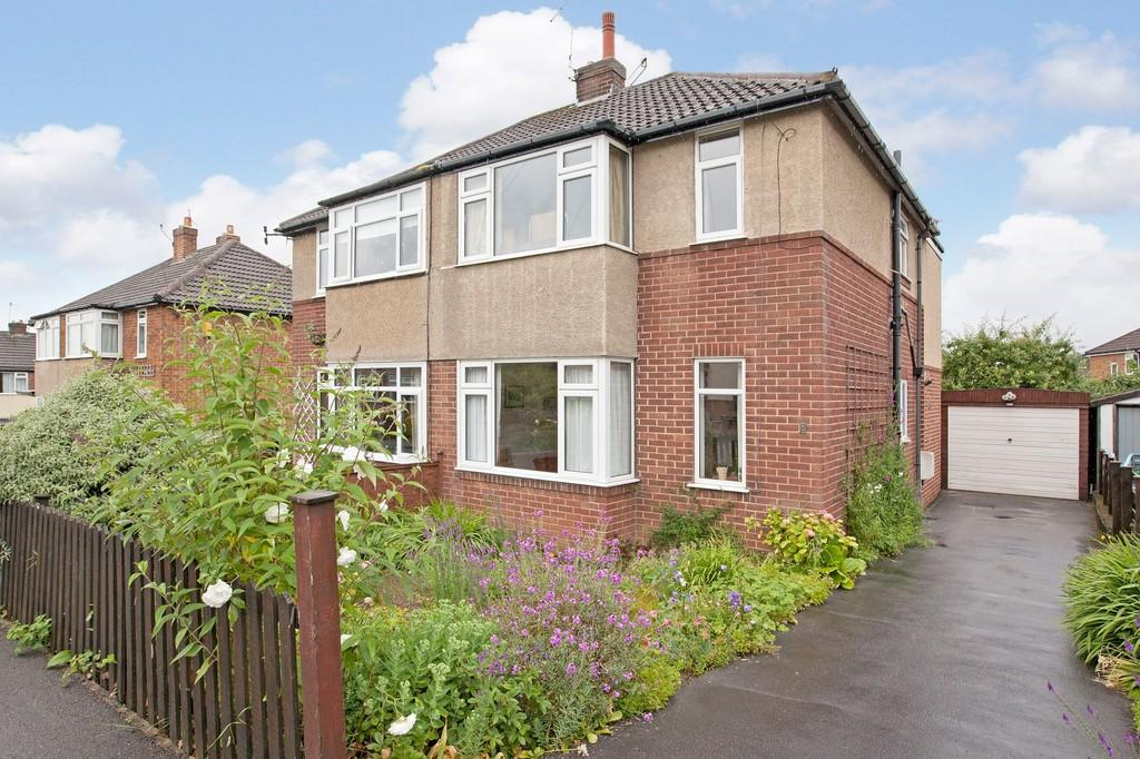 4 Bedrooms Semi Detached House for sale in Milner Bank, Otley