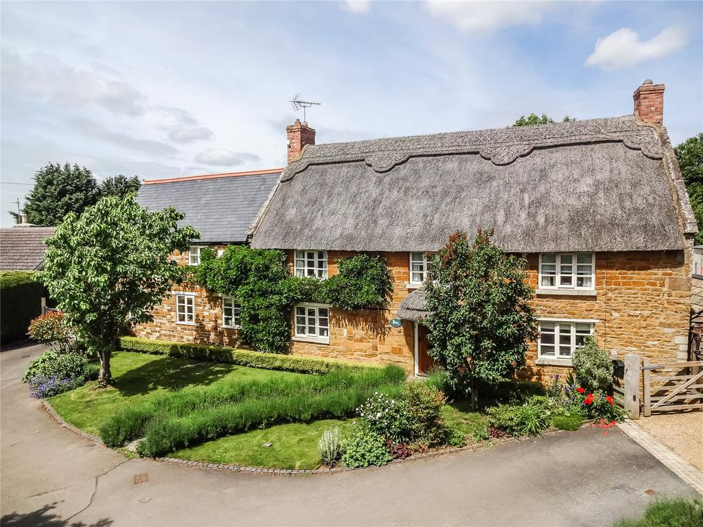 4 Bedrooms Detached House for sale in Main Street, Bringhurst, Market Harborough, Leicestershire