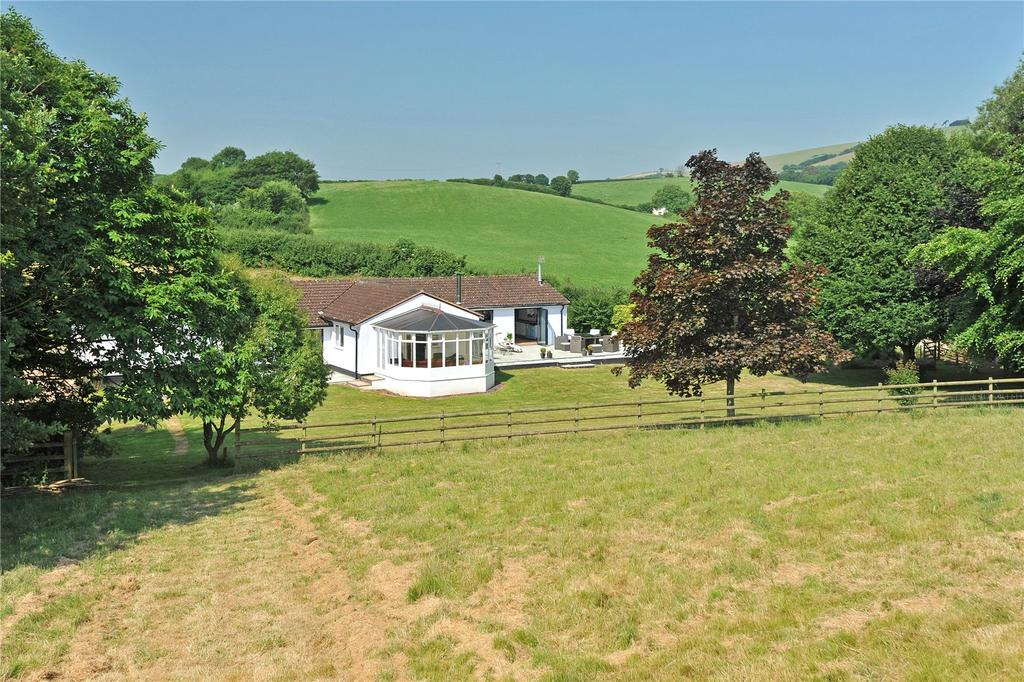 4 Bedrooms Detached Bungalow for sale in Raddon, Thorverton, Exeter, EX5