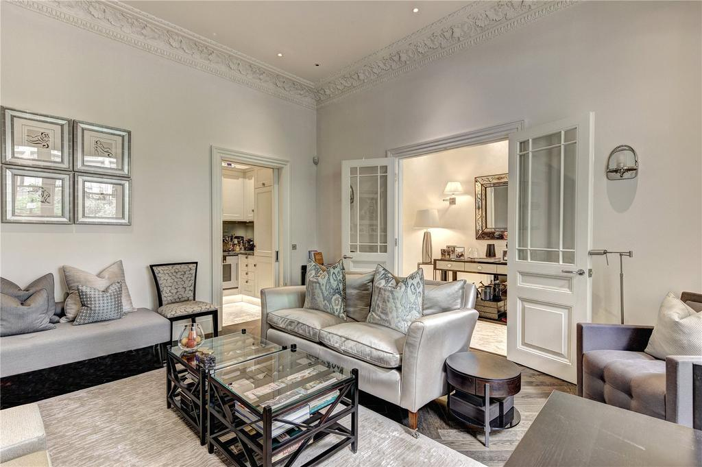 1 Bedroom Flat for sale in Rutland Gate, London, SW7