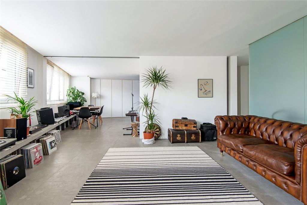 1 Bedroom Flat for sale in St John Street, EC1M