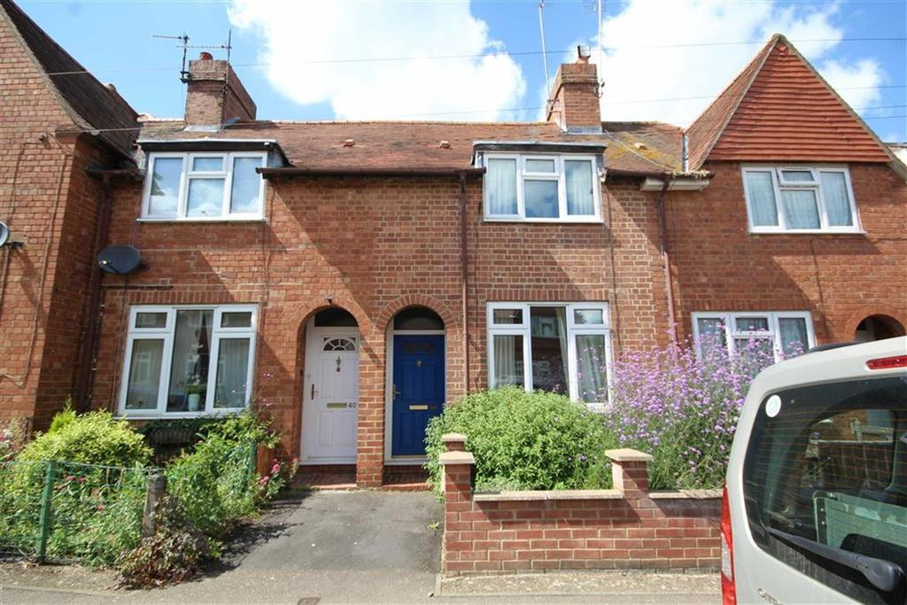 1 Bedroom Terraced House for sale in Kings Road, Banbury, Oxfordshire, OX16