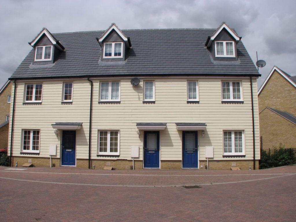 3 Bedrooms Terraced House for sale in Radvald Chase, Stanway, West Colchester