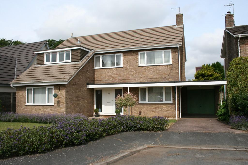 4 Bedrooms Detached House for sale in SUNNINGDALE NORWICH