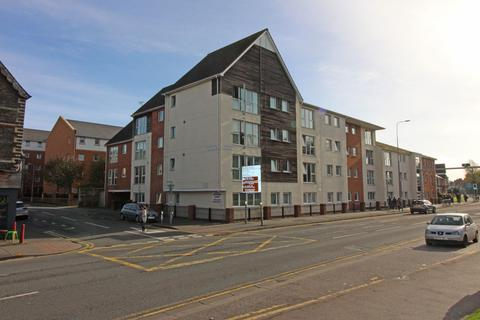 1 bedroom apartment for sale - Lock Keepers Court, Blackweir Terrace