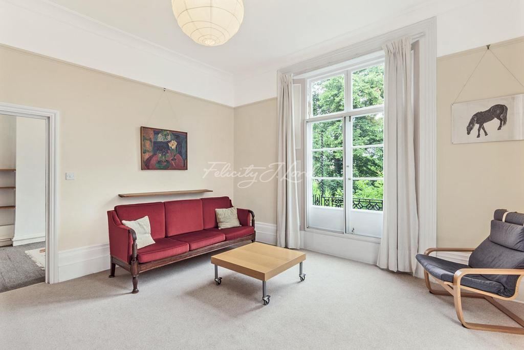 2 Bedrooms Flat for sale in Granville Park, Blackheath SE13