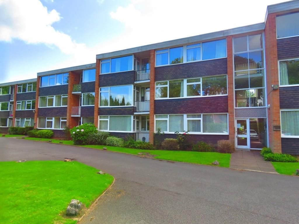 2 Bedrooms Apartment Flat for sale in Darley Mead Court, Solihull