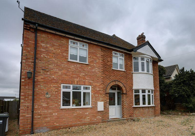 4 Bedrooms Detached House for sale in Froize End, Haddenham