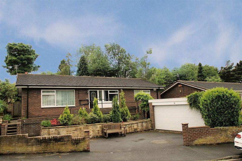 3 Bedrooms Detached Bungalow for sale in Valley Drive, Yarm TS15 9JQ