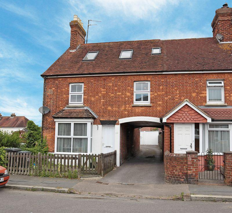 2 Bedrooms Apartment Flat for sale in Framfield Road, Uckfield