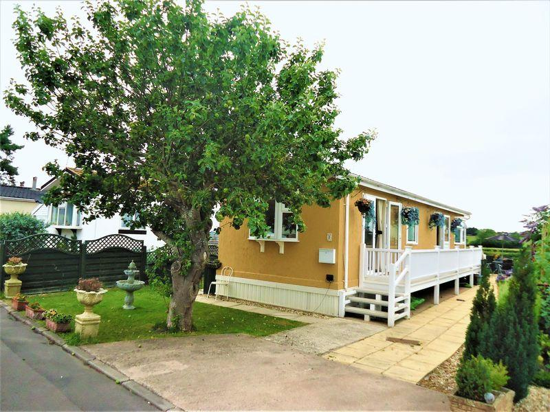 2 Bedrooms Detached Bungalow for sale in Summer Lane Park Homes, Banwell