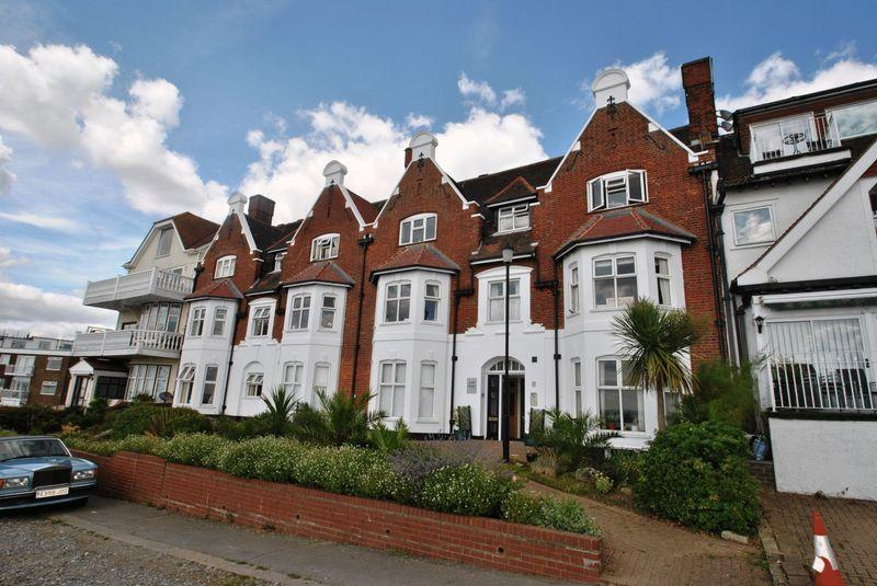 1 Bedroom Retirement Property for sale in Shorefield road, Westcliff-On-Sea